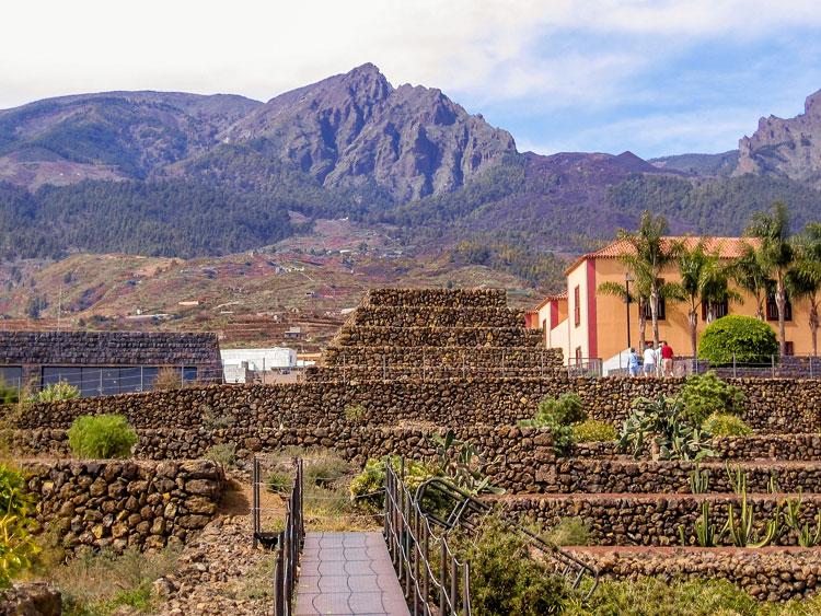 Reizeziele Europa, Spanien, Kanaren, Teneriffa, Piràmides des Güímar