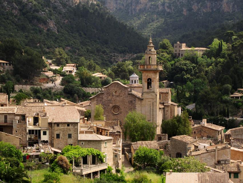 Mallorca Blick auf Valldemossa