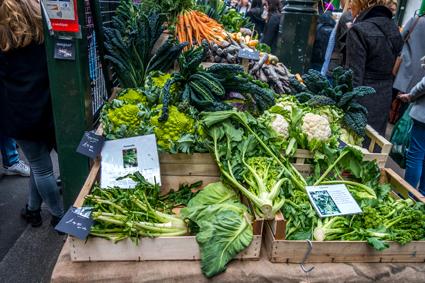 Gemüsestand auf dem Borough Market London Gemüsestand