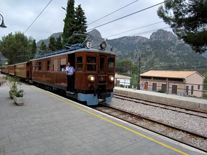 Mallorca, Zug von Palma nach Sóller