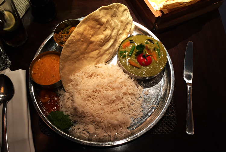 London, Indisch Essen, Masala Zone Thali