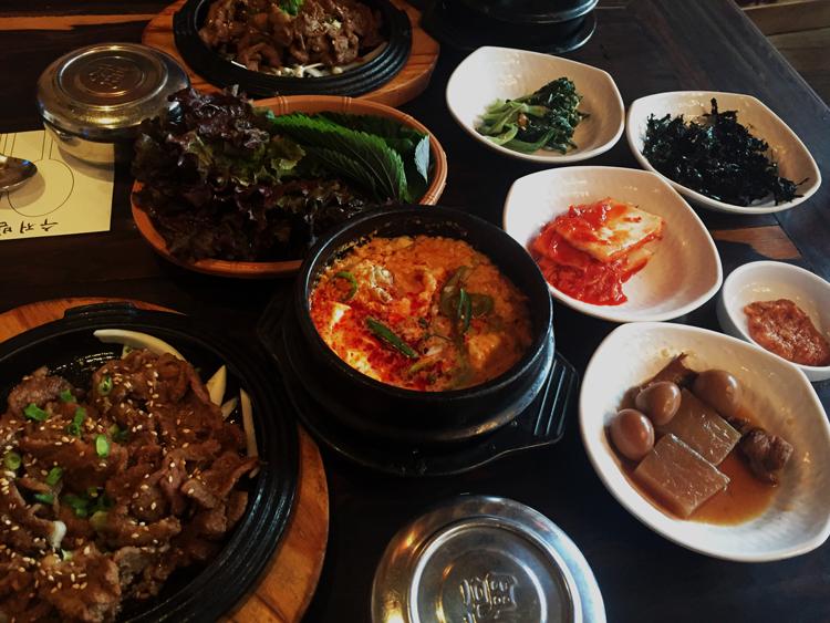 Lecker, scharf und vielfältig Essen in Seoul - Essen für zwei Personen
