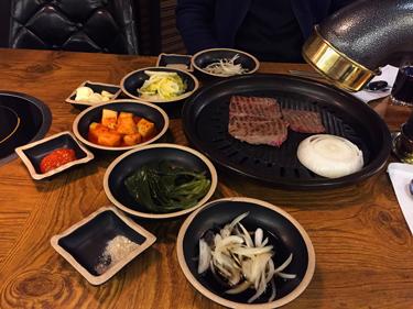 Lecker, scharf und vielfältig Essen in Seoul - korean barbecue